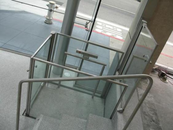 custom glass elevators